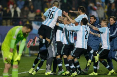Carlos Tevez sends Argentina to Copa America semi-finals (Photo Credit : Ricardo Mazalan, AP)