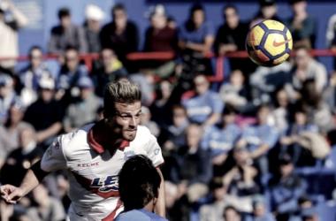 Con este cabezazo, Santos hacía el 4-1 definitivo / Fotografía: La Liga