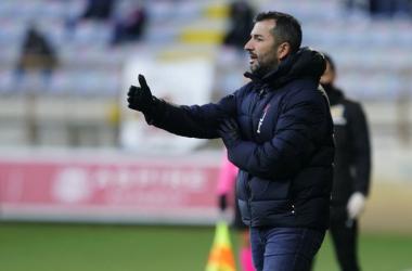 """Diego Martínez: """"El equipo ha sido competitivo ante un rival muy difícil"""""""