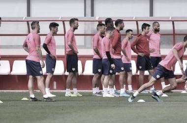 El primer equipo en la última sesión antes de viajar a Girona. / Fotografía: Rayo Vallecano.