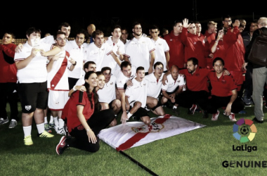 Plantilla del equipo genuino del Rayo Vallecano | Fotografía: La Liga