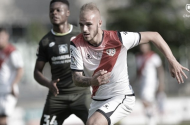 Sergio Benito durante un partido | Fotografía: Rayo Vallecano S.A.D.