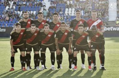 Jugadores del Rayo Vallecano antes del partido | Fotografía: Rayo Vallecano S.A.D.