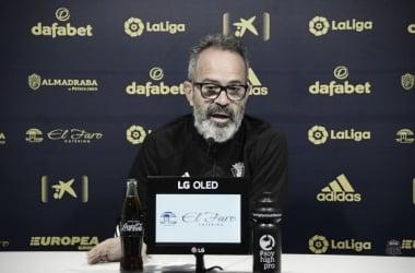Álvaro Cervera en rueda de prensa | www.cadizcf.com