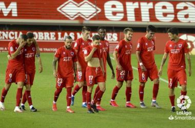 """El Numancia firmó su descenso a Segunda División """"B"""" en un estadio vacío por la pandemia del Covid-19. Imagen: La Liga."""
