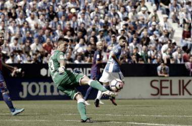 Jon Ander Serantes contra el Barça, temporada 2016/17 - C.D Leganés