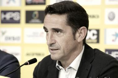 """Manolo Jiménez: """"No vamos a ganar por la camiseta, sino porque demostremos que nuestra intención es hacerlo"""""""