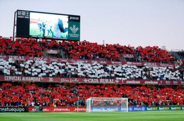 Afición del Granada CF en Los Cármenes | Foto: Pepe Villoslada/ Granada CF