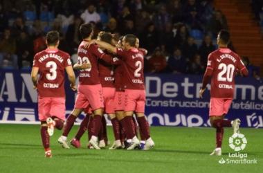 """<span style=""""color: rgb(51, 51, 51); font-family: Ubuntu, tahoma, Arial;"""">Los jugadores del Albacete celebran un gol en El Toralín. Fuente: web del Albacete Balompié.</span>"""