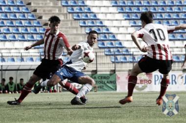 Un jugador del Juvenil A del Tenerife | Fotografía: Tenerife