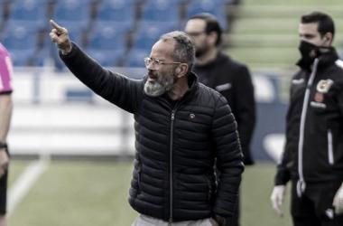 Álvaro Cervera durante el encuentro frente al Getafe | Cádiz CF
