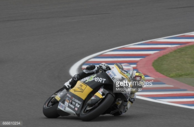 Moto2: Luthi claims Le Mans pole with record breaking pace