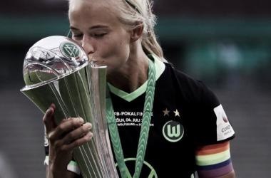 Recorde: Pernille Harder se aproxima do Chelsea e será a jogadora mais valiosa do futebol feminino