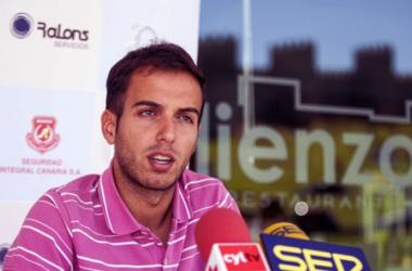 Borja Jiménez en su presentación con el filial blanquivioleta. | Foto: Real Valladolid.