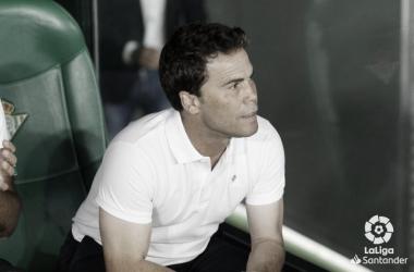Rubi en el banquillo durante el Betis - Getafe | Fotografía: LaLiga