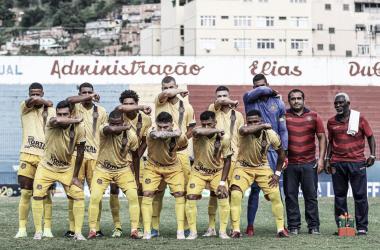 Madureira remonta plantel para o Cariocão após saída de 25 jogadores e treinador