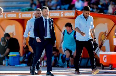 Rafael Puente deja la dirección técnica de Gallos Blancos/ Foto: Club Querétaro