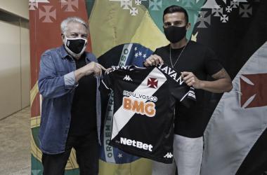 Ex-Internacional, atacante Guilherme Parede é novo reforço do Vasco