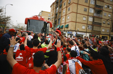 La afición del Granada CF se prepara para un partido decisivo