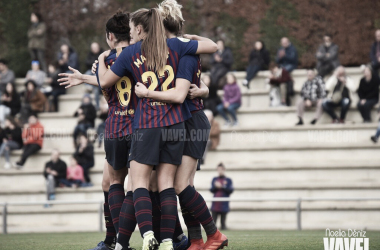 Las azulgranas celebrando un gol | Foto de Noelia Déniz, VAVEL