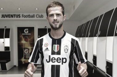 Miralem Pjanic has joined Juventus | Photo: Juventus