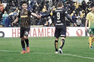 Tras la discusión entre Teo y Ruben, el colombiano irá al banco ante Quilmes. (Foto: Rosario Plus)