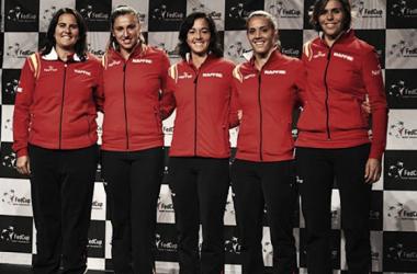 El equipo español de Copa Federación durante el sorteo de la eliminatoria ante Francia. Foto: rfet.es