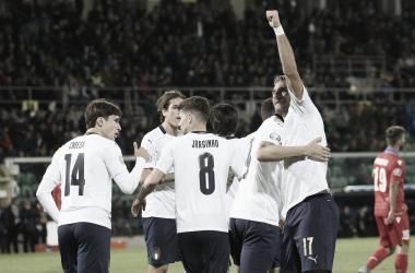Itália trucida Armênia e confirma campanha impecável; Bósnia vence e vai disputar repescagem