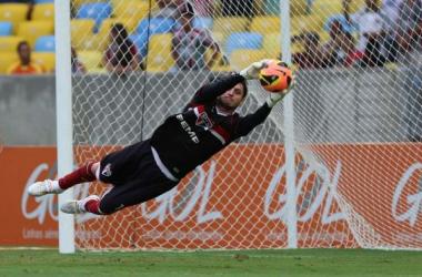Após falha, Dênis admite que bola do primeiro gol era defensável