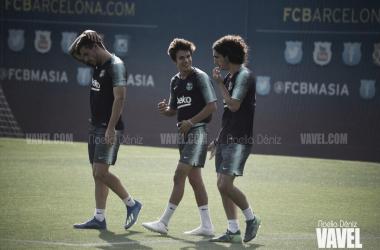Carles Pérez, Marc Cucurella y Riqui Puig en un entrenamiento de la pretemporada | Foto de Noelia Déniz, VAVEL