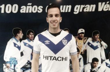 Andrada en su presentación en Vélez l Fuente Vélez Sarsfield Oficial