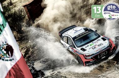 Neuville a bordo del I20 WRC // foto: wrc.com