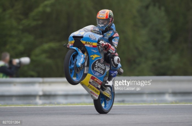 Moto3: Canet dominates day 1 at Silverstone