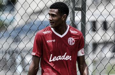 Destaque no sub-20, volante Gabriel Agu mira América-RJ nas semifinais da Taça Rio