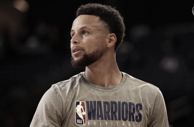 Curry's return delayed
