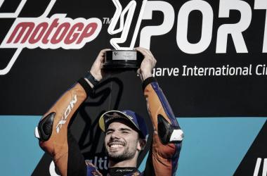 Miguel Oliveira en el podio de Portugal / Fuente: MotoGP.com