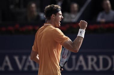 Jarry vence Dimitrov de virada e está classificado para as quartas do ATP 500 de Barcelona