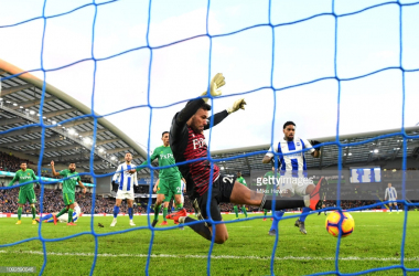 Ben Foster makes a fine save. Photo Getty Images.