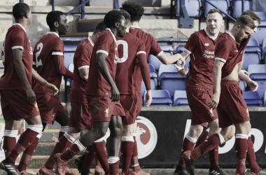 Los juveniles ingleses arrasan en la Youth League