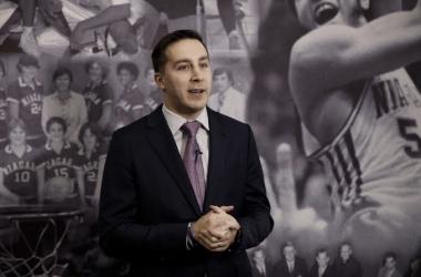 Greg Paulus makes history at Niagara University