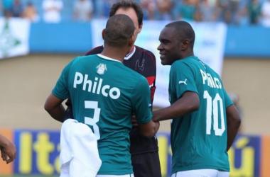 São Paulo volta a perder e atletas dizem que luta contra o rebaixamento continua
