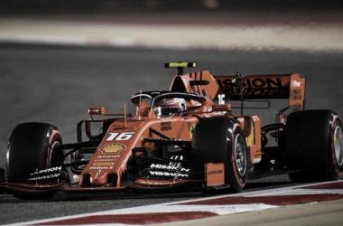 Leclerc encarando la recta principal | Foto: Fórmula 1