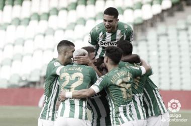Álex Moreno, Emerson, Mandi y Carvalho, en el once ideal de Infogol de la jornada 2