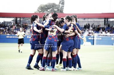 Celebración de uno de los goles por parte de las jugadoras azulgranas | Foto de Noelia Déniz, VAVEL