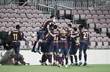 El Barça celebrando el pase a la final de Copa del Rey en el Camp Nou. Foto: NoeliaDéniz