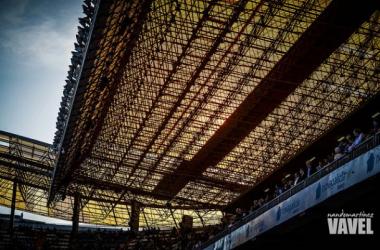 Imagen de la cubierta del estadio de Riazor (Foto Nando Martínez | VAVEL.COM)
