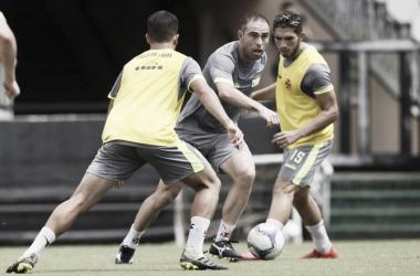 Vasco e Cabofriense se enfrentam visando classificação para semifinal da Taça Rio