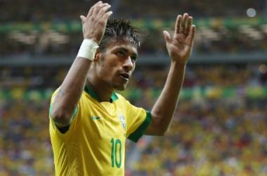Neymar comemora golaço e fim de jejum
