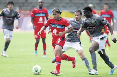 Sufrido empate de El Nacional frente al Deportivo Cuenca