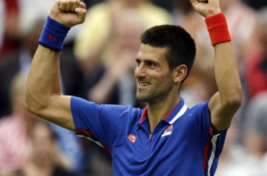 Djokovic avanza con paso firme a los octavos de final de los Juegos.